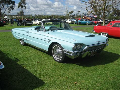 A Look at the Early Generations of the Ford Thunderbird