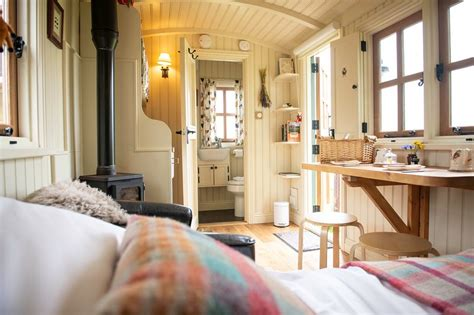 Morndyke Shepherds' Huts - UPDATED 2019 - Holiday Home in