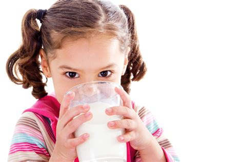Preschoolers who drink low-fat milk more likely to be