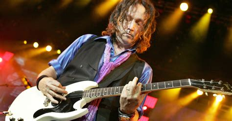 Tom Petty Guitarist Mike Campbell: 5 Songs for a Chaotic
