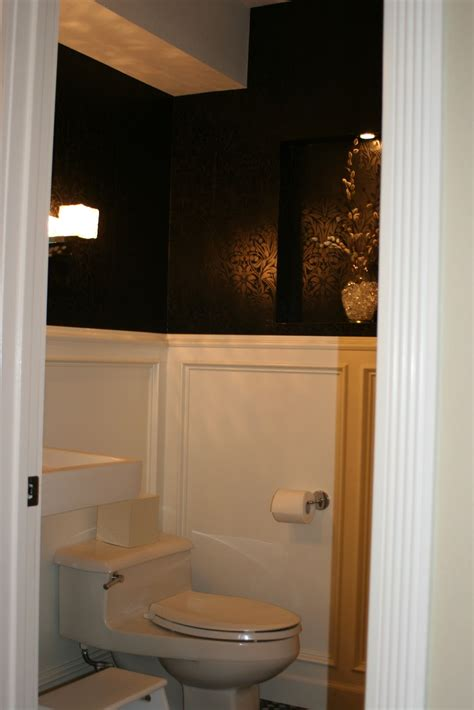 Remodelaholic | Powder Room With Black And White Walls