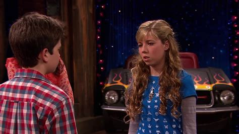 Icarly- sam le hace calzon chino a freddy - YouTube