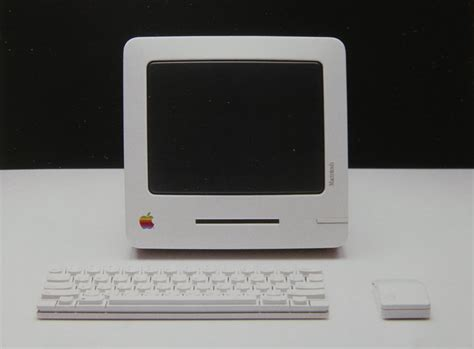 hartmut esslinger's early apple computer and tablet designs