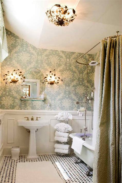 Tips to Make Your Bathroom Look Larger With Shower Curtains