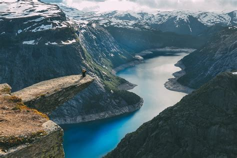 This Is How You Hike To Trolltunga - Hand Luggage Only